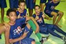 Garotos do 'Projeto Social Camisa 10' recebem Kit esportivo e comemoram como 'gente grande'