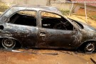 Águia Branca: esposa põe fogo no carro após descobrir suposta traição