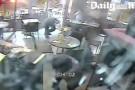 Cenas fortes: Vídeo mostra ataque terrorista em restaurante de Paris