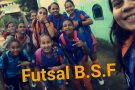 Campeãs da fase regional do JEES, meninas do futsal de Barra de São Francisco comemoram o título