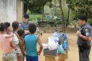Policiais militares arrecadam alimentos e fazem doação para família carente em Barra de São Francisco