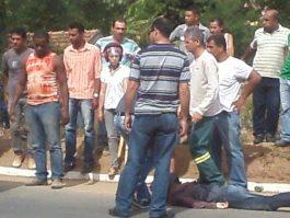 Motociclista se assusta com gato e sofre acidente em Mantena