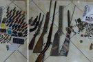 Policiais de Mantena apreendem 8 armas de fogo e mais de 370 munições