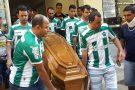 Amigos e familiares dão o último adeus a Rafael Rodrigues