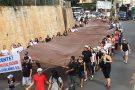 Ano de lama: moradores de Colatina protestam pelo Rio Doce