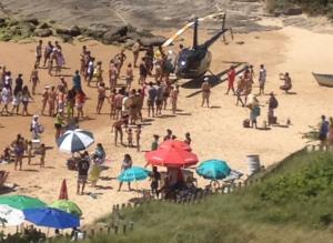 Vereador que pousou helicóptero em praia no ES é indiciado pela polícia
