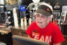 Aos 94 anos, vovó trabalha há 44 no Mc Donald's