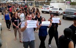 Greve Geral: professores e Igreja Católica de Barra de São Francisco vão para as ruas pela garantia dos direitos