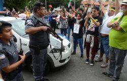FOTOS: protestos contra reformas param a Grande Vitória