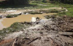 Temporal no final de semana deixou rastro de destruição em Mantena