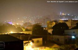 Após vários dias de estiagem, Barra de São Francisco se alegra com noite de chuva