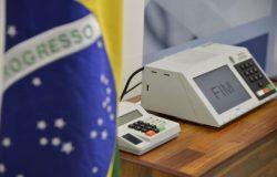 Eleição brasileira é uma das mais preocupantes do mundo, diz Bloomberg