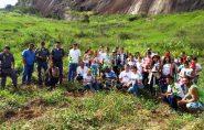 S.O.S. Nascentes: policiais e estudantes plantam 300 mudas em Água Doce do Norte