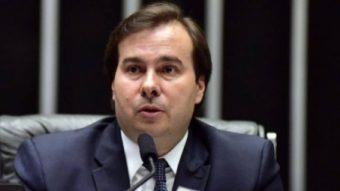 Envelope com fezes é enviado a gabinete do deputado Rodrigo Maia