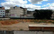 Sem previsão para reinício das obras, rodoviária de Barra de São Francisco continua só no papel