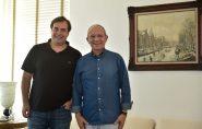 Hartung recebe visita do presidente da Câmara dos Deputados, Rodrigo Maia