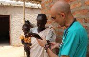 Único médico em região sob fogo cruzado chega a atender 400 pacientes por dia no Sudão
