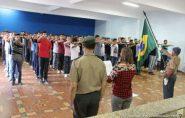 Mais 150 jovens participaram do Juramento à Bandeira em Barra de São Francisco