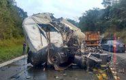 Motoristas, com carretas do ES, morrem em grave acidente em MG