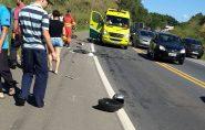 Homem morre em acidente com moto e carreta na BR-101, em Fundão