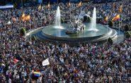 Parada gay reúne 3 milhões de pessoas em Madrid