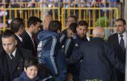Gigante, Messi 'peita' seguranças e emociona jovem fã; veja o vídeo