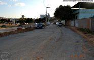 Após moradores reclamarem do asfalto teste em Barra de São Francisco, empresa se manifesta