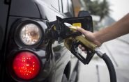 Brasil: Juíza volta a suspender aumento de combustível