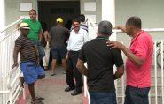 Servidores da Prefeitura de São Mateus reclamam de atraso no pagamento