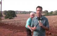 Homem dá susto em repórter que falava sobre onça