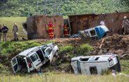 Tragédia na BR-101: donos de carreta são indiciados por 23 homicídios