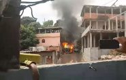 Veículo em chamas explode e sete casas são atingidas em Vitória; vídeo
