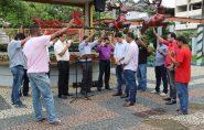"""Associação de Ministros Evangélicos inicia projeto """"Leitura Completa da Bíblia"""" no centro de Barra de São Francisco"""