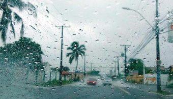 Dezembro começa com alerta de chuva volumosa para o Espírito Santo
