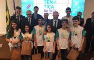 Estudantes capixabas recebem medalhas da Olimpíada de Matemática