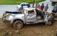 BRASIL: casal é encontrado com vida 36 horas após veículo cair em ribanceira