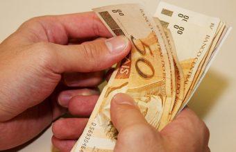 Salário dos servidores públicos municipais será revisado em 1.815%