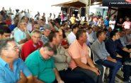 Prefeito de Água Doce do Norte cai no sono durante discurso do governador Paulo Hartung