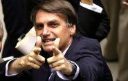 'Temer já roubou muita coisa, mas meu discurso ele não vai roubar', diz Bolsonaro