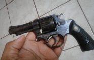 Polícia apreende menor suspeito de atirar em