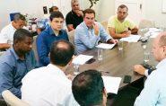 Prefeitos se reúnem com secretário de Estado em busca de recursos para o esporte