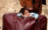Bombardeio em área síria mata 42 civis e provoca fuga em massa