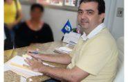 Mesmo fora da prefeitura, Luciano Pereira continua