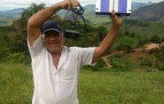 Cansados de promessas políticas, moradores de Ecoporanga compram equipamentos e voltam a ter sinal telefônico