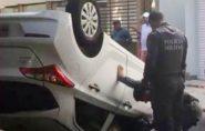 ES: motorista atira em homem após capotar carro
