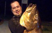 Brasileiro captura peixe de cerca de 1,60 m e 22 quilos: 'Foi muita emoção'