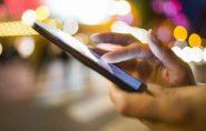 ARÁBIA: punição e multa de R$ 400 mil para quem olhar celular do parceiro sem permissão