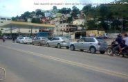 Motoristas fazem fila para abastecer em postos de Barra de São Francisco
