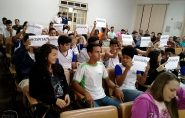 Vereadores ficam nervosos com protesto de estudantes na Câmara de São Gabriel da Palha
