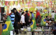 Folga nos jogos do Brasil pode ser compensada mediante acordo entre empresas e trabalhadores; entenda